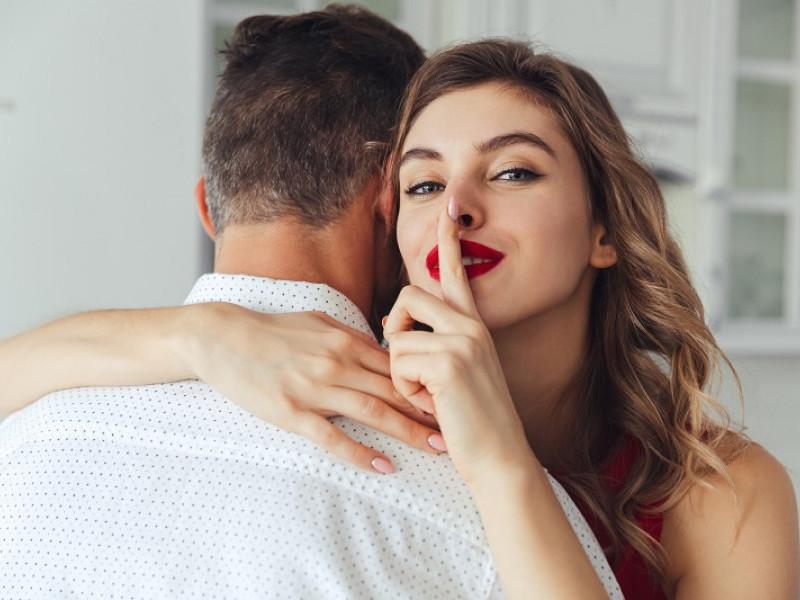 când începe ross și rachel să înceapă întâlnirile barbati din Slatina cauta femei din București