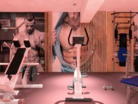 studio videochat barbati men bucuresti 11